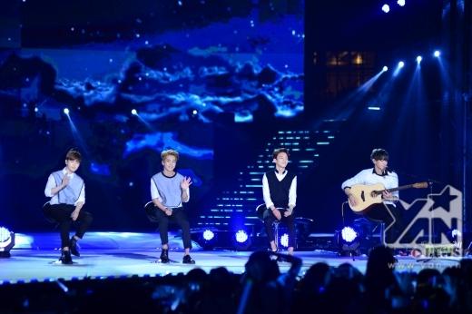 Các fan Việt hoàn toàn sung sướng với bài hát qua giọng ca ngọt ngào của EXO.