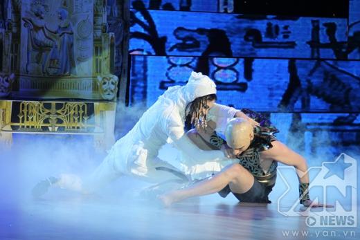 Nữ hoàng Ai Cập Hương Giang Idol nung nấu kế hoạch soán ngôi vua - Tin sao Viet - Tin tuc sao Viet - Scandal sao Viet - Tin tuc cua Sao - Tin cua Sao
