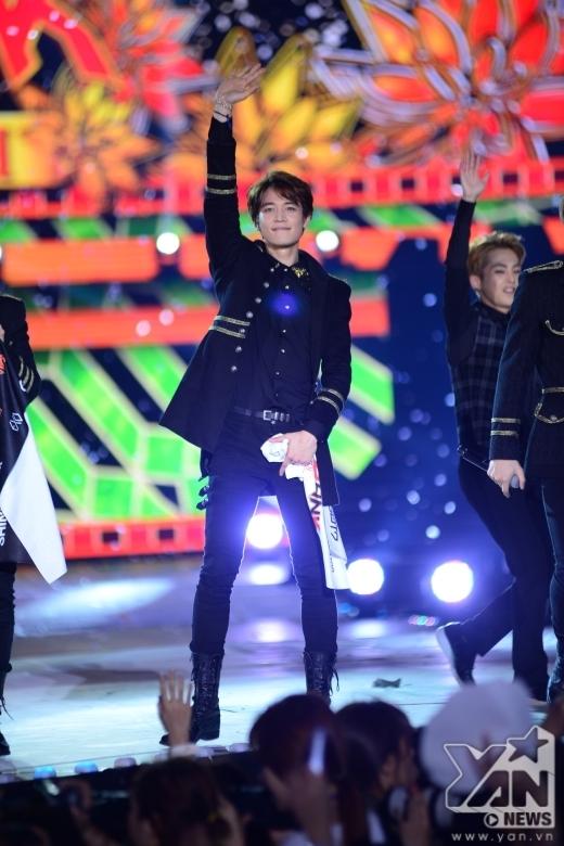 Những khoảnh khắc đáng nhớ nhất của dàn sao Hàn tại Music Bank