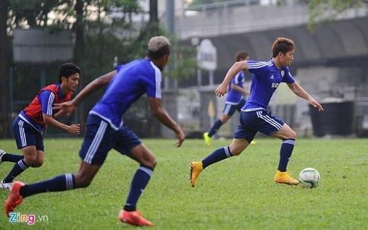 Cầu thủ Olympic Nhật Bản tập luyện chuẩn bị cho trận đấu với Olympic Việt Nam. Ảnh: Tùng Lê