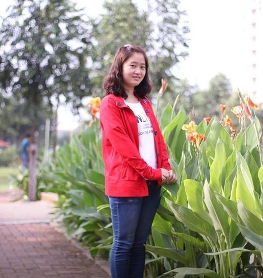 Cô nữ sinh xinh đẹp trường ĐH Kinh tế Lê Thị Hà Phương
