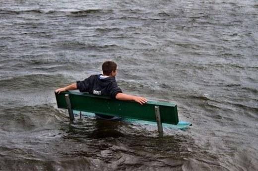 Ngập nước cũng là một cảnh đẹp mà chúng ta nên nghiêm túc thưởng thức đấy chứ !