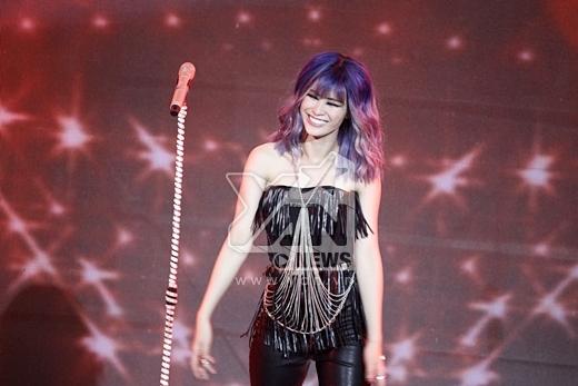 Đông Nhi hóa rocker cá tính nhảy điên đảo trên sân khấu - Tin sao Viet - Tin tuc sao Viet - Scandal sao Viet - Tin tuc cua Sao - Tin cua Sao