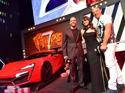 Dàn sao Fast & Furious 7 gặp gỡ báo chí truyền thông khu vực châu Á.