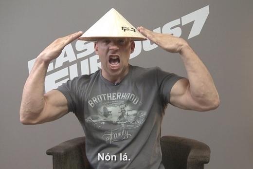 Dàn sao Fast & Furious đọ dáng với nón lá Việt Nam