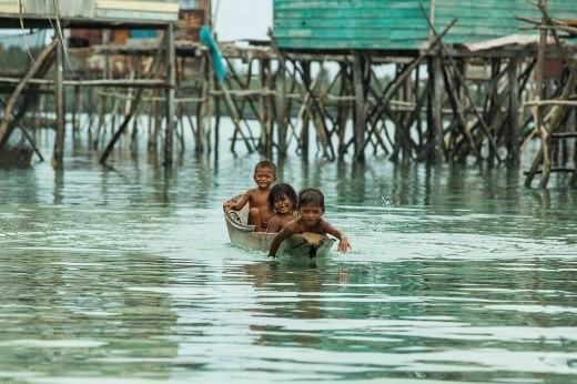 Cuộc sống giữa biển khơi như thiên đường của bộ tộc Bajau