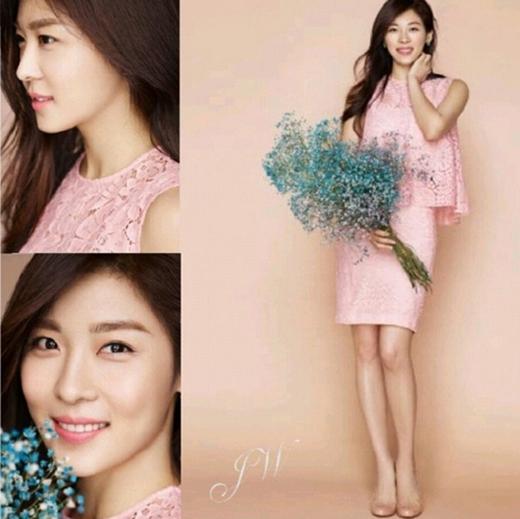 Ha Ji Won dịu dàng đằm thắm trên tạp chí mới