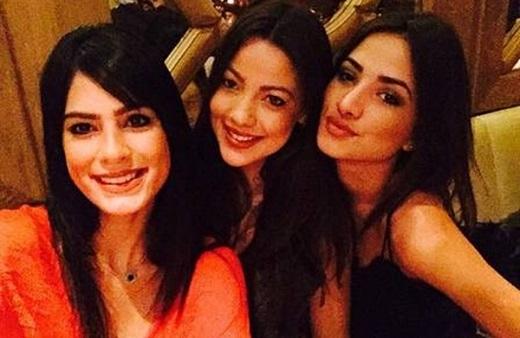 Rafaela, Selena và Juliane