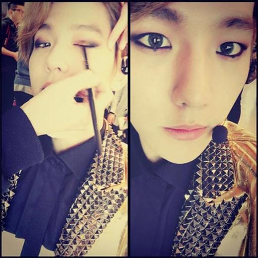 Baekhyun khoe hình trước giờ diễn và cực lạ lẫm với gương mặt trang điểm