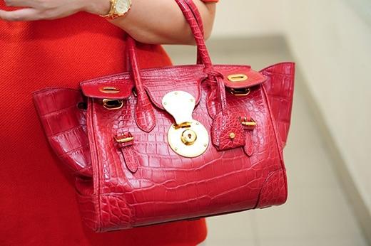 Túi xách của Ralph Lauren có giá 420 triệu VNĐ