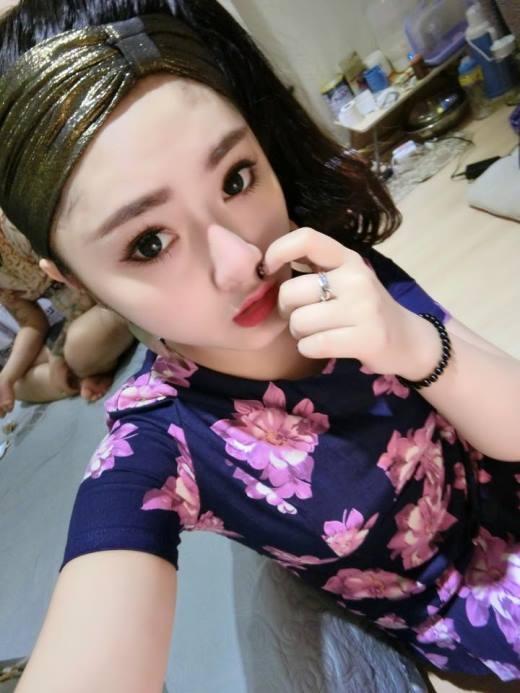 Con gái thứ 2 của chị Hương.