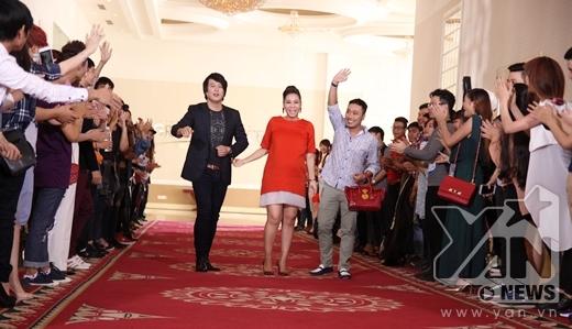 Bộ ba giám khảo quyền lực của cuộc thi Vietnam Idol năm nay: nữ ca sĩ Thu Minh, Thanh Bùi và đạo diễn Nguyễn Quang Dũng. - Tin sao Viet - Tin tuc sao Viet - Scandal sao Viet - Tin tuc cua Sao - Tin cua Sao
