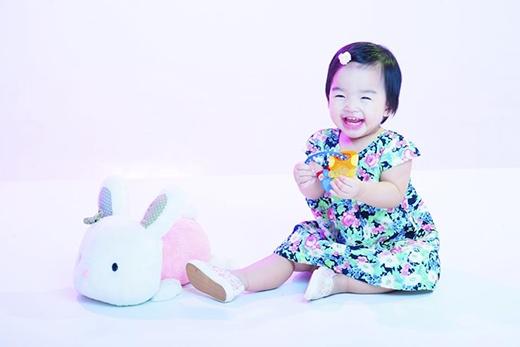 Con gái của siêu mẫu Xuân Lan cũng là một trong những nhóc tỳ được nhiều khán giả yêu mến.