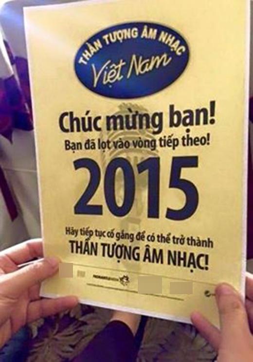 Trung Quân Idol vừa gây xôn xao với người hâm mộ trên trang cá nhân khi quyết định giành vé đi thi Vietnam Idol trở lại. Sau khi biết được mình bị sập bẫy, các fans của anh chàng mới vỡ lẽ là thần tượng mình đang đùa trong ngày 1/4. Họ còn hài hước bình luận: Nếu anh nói mình đi thi The Voice thì sẽ có nhiều người tin hơn đấy!.