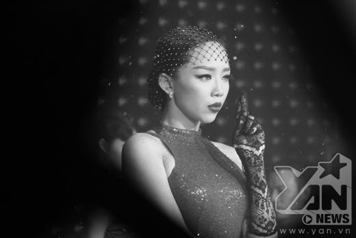 Tóc Tiên lộ vũ đạo mới nóng hơn cả vũ điệu cồng chiêng - Tin sao Viet - Tin tuc sao Viet - Scandal sao Viet - Tin tuc cua Sao - Tin cua Sao