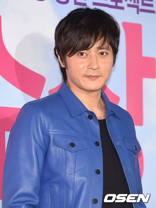 Mỹ nam U40 Jang Dong Gun phong độ lấn át dàn sao trẻ