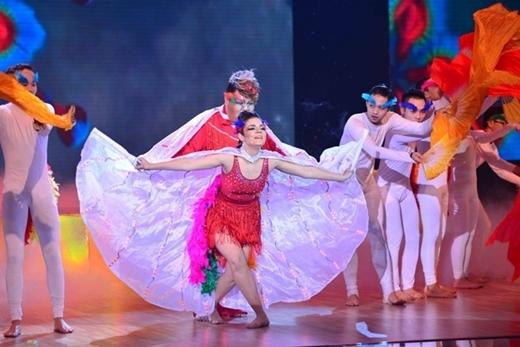 Anna - bạn nhảy Vương Khang trong mùa thứ 6.