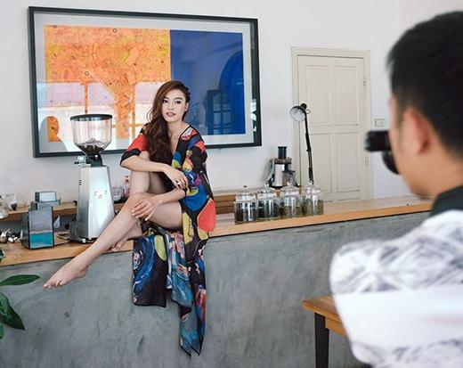 Bất ngờ thoát khỏi hình tượng cô gái gắn liền với các vai diễn bình dân, giản dị, Ninh Dương Lan Ngọc khiến fans choáng ngộp với hình ảnh sexy, nổi loạn trong bộ ảnh mới của mình. Được biết đây sẽ là bộ ảnh đặc biệt mà nữ diễn viên dành tặng cho fans trong dịp sắp tới.