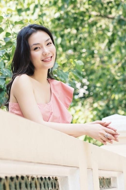 Dù đã bước qua tuổi 34 nhưng Ngọc Linh không thay đổi nhiều lắm. Thậm chí cô còn đẹp mặn mà hơn trước.