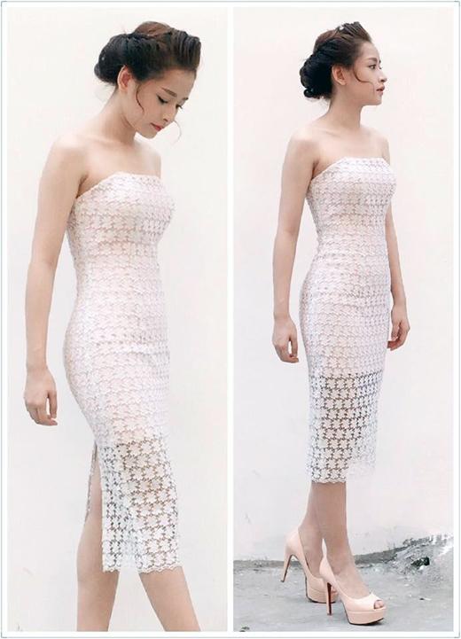 Chi Pu bất ngờ nữ tính, đẹp tinh khôi, dịu dàng trong chiếc đầm trắng của NTKLý Quý Khánh. Bên cạnh phong cách cá tính, năng động thường ngày, hình ảnh Chi Pu gợi cảm, nền nã khiến các fans vô cùng phấn khích trước vẻ đẹp của thần tượng.