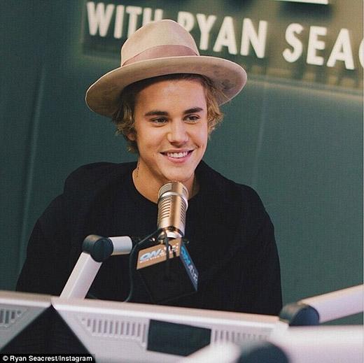 Justin Bieber thừa nhận vẫn còn mê mệt Selena Gomez