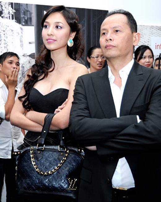 Huỳnh Thanh Tuyền biến mất khỏi showbiz để trở thành một người phụ nữ của gia đình. - Tin sao Viet - Tin tuc sao Viet - Scandal sao Viet - Tin tuc cua Sao - Tin cua Sao