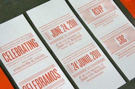 Thiệp cưới sử dụng tông màu cam và kiểu thiết kế typhography để làm nổi bật thông tin