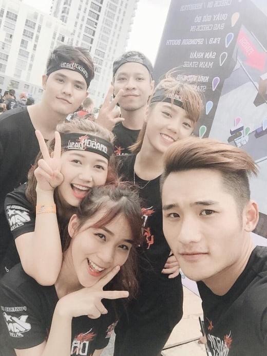 Hot boy, hot girl Việt phát sốt vì Dragon Dash