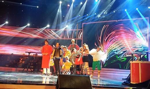 Thị Mầu Đức Vĩnh bật khóc khi trở thành Quán quân Vietnam's Got Talent