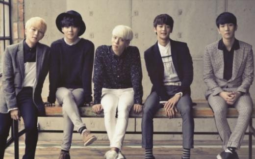 """EXO nhiều lần """"muối mặt"""" vì cách hành xử vô ý thức của fan"""