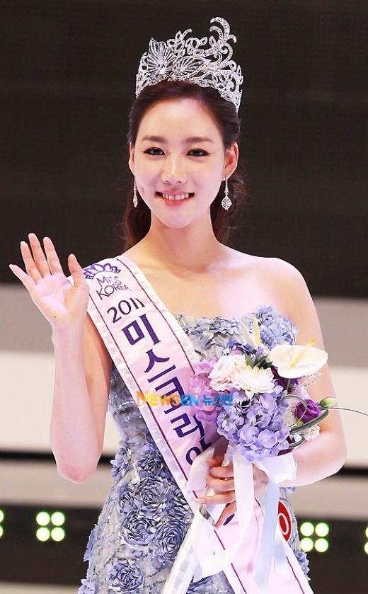 Hoa hậu Hàn Quốc những năm gần đây đều bị đặt vấn đề thẩm mỹ