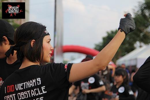 Hoàng My cùng hàng ngàn bạn trẻ đã đến chinh phục Dragon Dash - Tin sao Viet - Tin tuc sao Viet - Scandal sao Viet - Tin tuc cua Sao - Tin cua Sao
