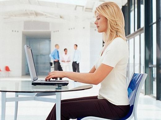 Tác hại của ngồi nhiều và các bài tập nhanh để cải thiện