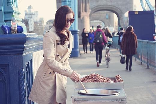 Á hậu Huyền My sành điệu trên đường phố London