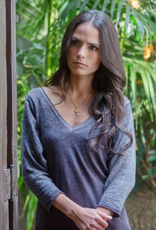 Nữ diễn viên Jordana - người vào vai vợ của nhân vật Brian