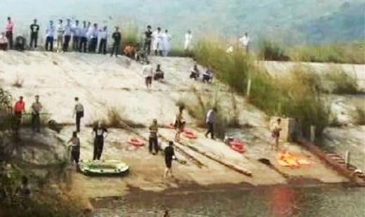 Hồ nước nơi xảy ra vụ tai nạn thương tâm