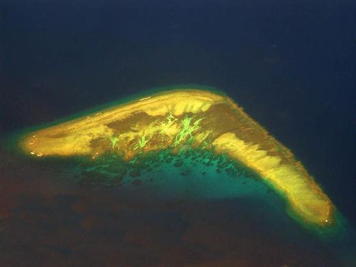 Những hòn đảo có hình dáng lạ lùng và nhạy cảm nhất thế giới