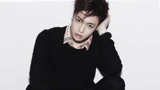 Lay (EXO) phá vỡ tiền lệ hà khắc của SM, thoải mái hoạt động solo
