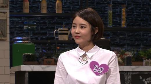 Vừa tiễn chồng nhập ngũ, vợ Sungmin nhận gạch đá khi khoe chuyện gia đình