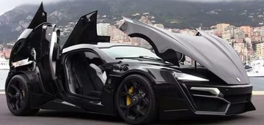Lykan Hypersport ra mắt lần đầu tiên vào năm 2013 tại Triển lãm ô tô Qatar.