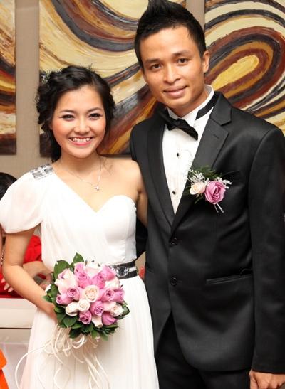 Thanh Ngọc và ông xã trong đám cưới năm 2011. - Tin sao Viet - Tin tuc sao Viet - Scandal sao Viet - Tin tuc cua Sao - Tin cua Sao