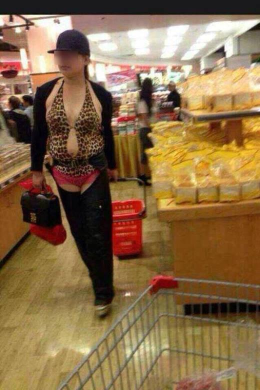 Không phải lúc nào bạn cũng may mắn gặp người như vậy trong siêu thị đâu