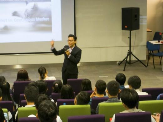 Giảng viên Trần Tài – trường đại học RMIT với bài chia sẻ về lĩnh vực chứng khoán