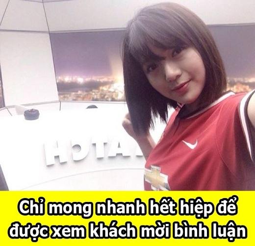Nữ CĐV xinh đẹp Man Utd gây bão mạng xã hội