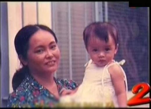 Tăng Thanh Hà và mẹ khi còn nhỏ - Tin sao Viet - Tin tuc sao Viet - Scandal sao Viet - Tin tuc cua Sao - Tin cua Sao