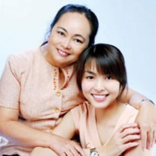 Tăng Thanh Hà và mẹ khi cô bắt đầu có những vai diễn nổi tiếng đầu tiên - Tin sao Viet - Tin tuc sao Viet - Scandal sao Viet - Tin tuc cua Sao - Tin cua Sao