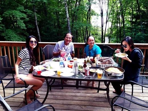 Nàng cựu ngọc nữ vẫn thường xuyên dành thời gian đưa gia đình đi du lịch - Tin sao Viet - Tin tuc sao Viet - Scandal sao Viet - Tin tuc cua Sao - Tin cua Sao