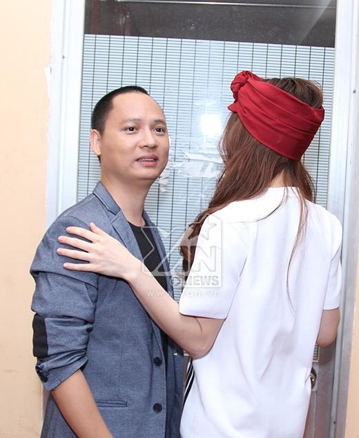Trò chuyện thân thiết cùng Nguyễn Hải Phong. - Tin sao Viet - Tin tuc sao Viet - Scandal sao Viet - Tin tuc cua Sao - Tin cua Sao