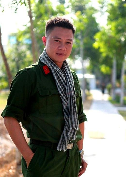 Ông bố ba con hiện là Phó phòng Tương tác nội dung của Ban Thanh thiếu niên (VTV6). - Tin sao Viet - Tin tuc sao Viet - Scandal sao Viet - Tin tuc cua Sao - Tin cua Sao
