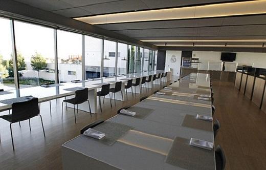 Khu ăn uống của các cầu thủ Real Madrid.